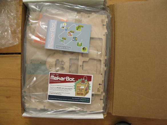 makerbot unboxing 19