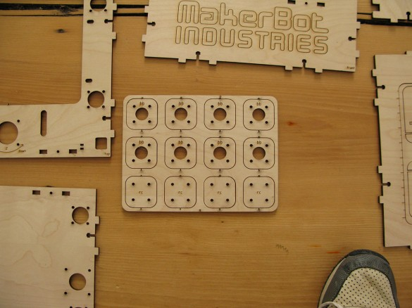 makerbot unboxing 24